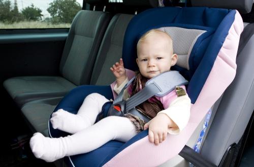 siguranta-copilului-in-masina