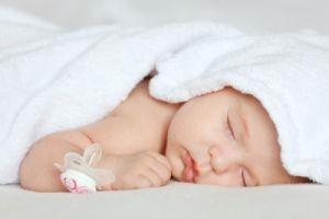 cum_doarme_bebelusul