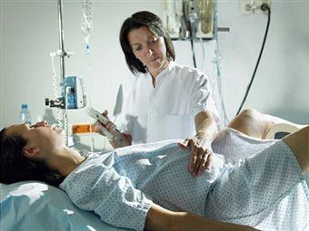 femeie_spital