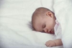 Bebe si orele de somn. Cand copilul nu doarme