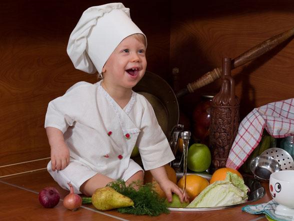 cat piure de legume mananca un bebe de 6 luni