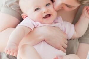 Dezvoltarea bebelusului - semne de inteligenta