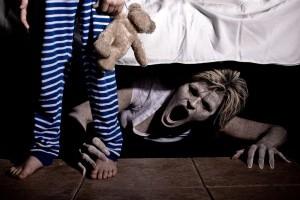 Copilului tau ii e frica de intuneric?