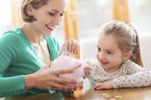 10 lectii importante despre bani pentru copii sub 10 ani