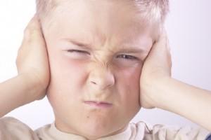 Cum il ajuti pe copil sa-si accepte fratiorul/ surioara?
