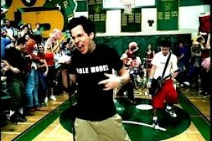 I'm Just A Kid - Simple Plan (Sunt doar un copil) videoclip si versuri