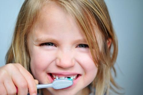 periuta-dinti-copii