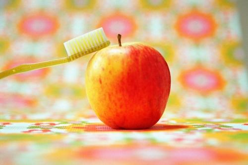 prevenirea-problemelor-cu-dintii-la-copii