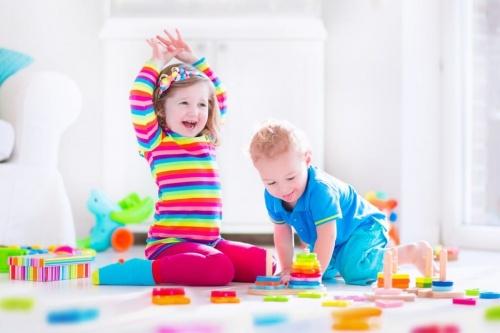 jucarii-educative-pentru-copii-de-lemn