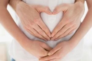 Simptome sarcina: somn dificil, vergeturi, degete umflate