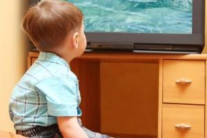Calculatorul sau televizorul in camera bebelusilor