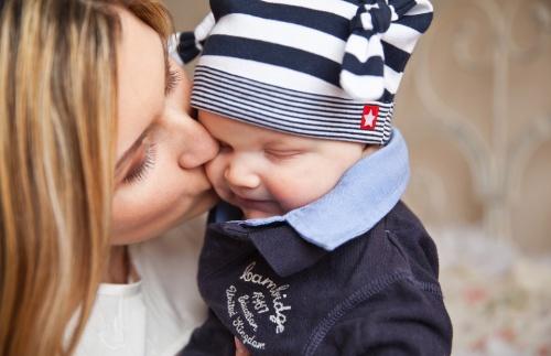 copilul-vorbeste-primele-cuvinte-si-sunete