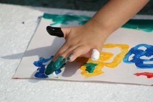 Ce transmit copiii prin desenele lor?
