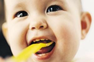 Tot ce trebuie sa stii despre dintii bebelusului