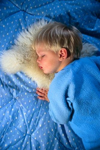 copil-doarme-linistit