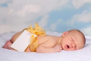5 lucruri pe care trebuie sa le tii minte atunci cand cumperi haine pentru bebelus