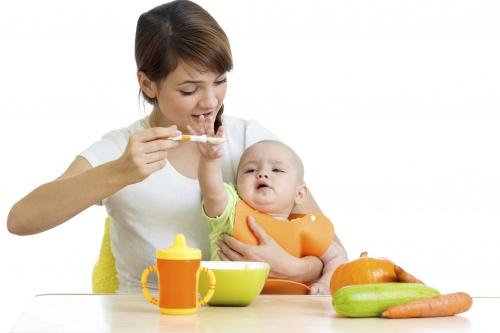 diverificarea alimentatiei la bebelusi