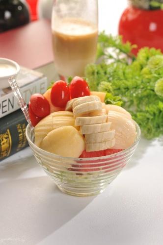 salata-de-pepene-galben-pentru-copii